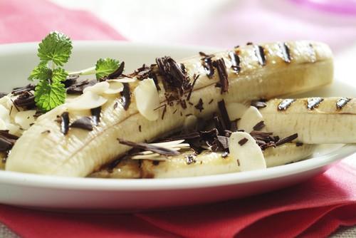 grilovany-banan-s-cokoladou.jpg