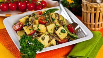 bramborovy-salat-se-sardelkami-352x198.jpg