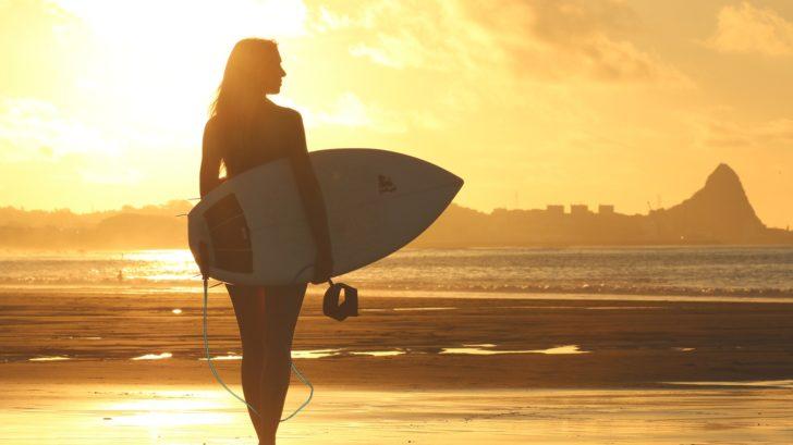 beach-1838501_1920-728x409.jpg