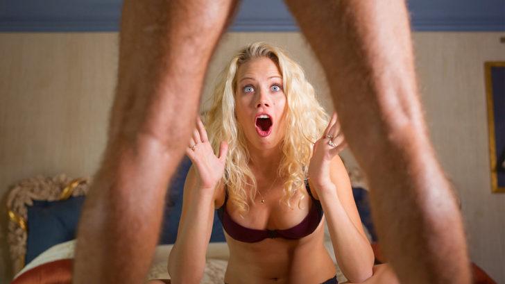 Rok. Penis se tak vidět tak velký penis, i když je.