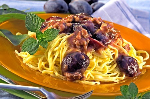 Pasta with Nuts and Plums