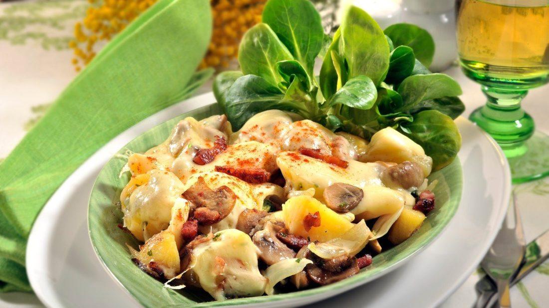 brambory-se-slaninou-1100x618.jpg