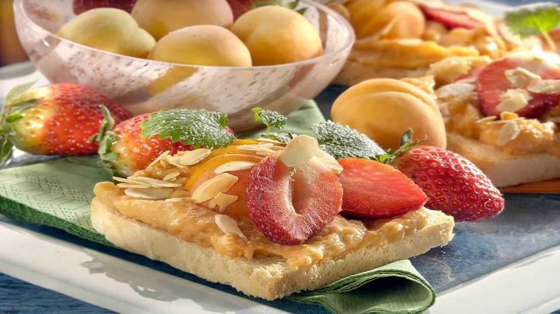 toasty-s-jogurtovo-ovocnym-kremem-1100x618.jpg