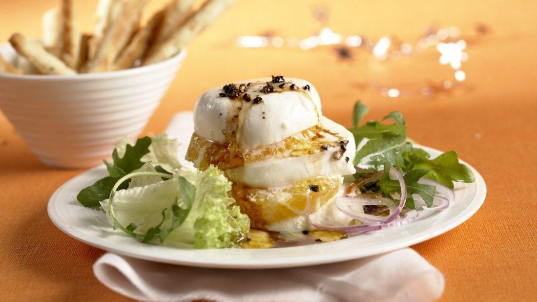 mozzarella-s-pomeranci-1100x618.jpg