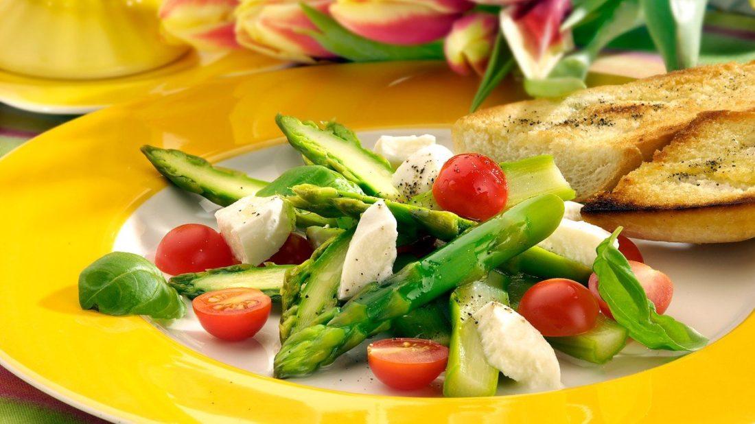 chrestovy-salat-1100x618.jpg