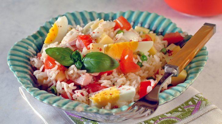ryzovy-salat-728x409.jpg