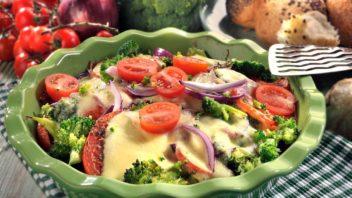 brokolice-zapecena-s-rajcaty-a-mozzarellou-352x198.jpg