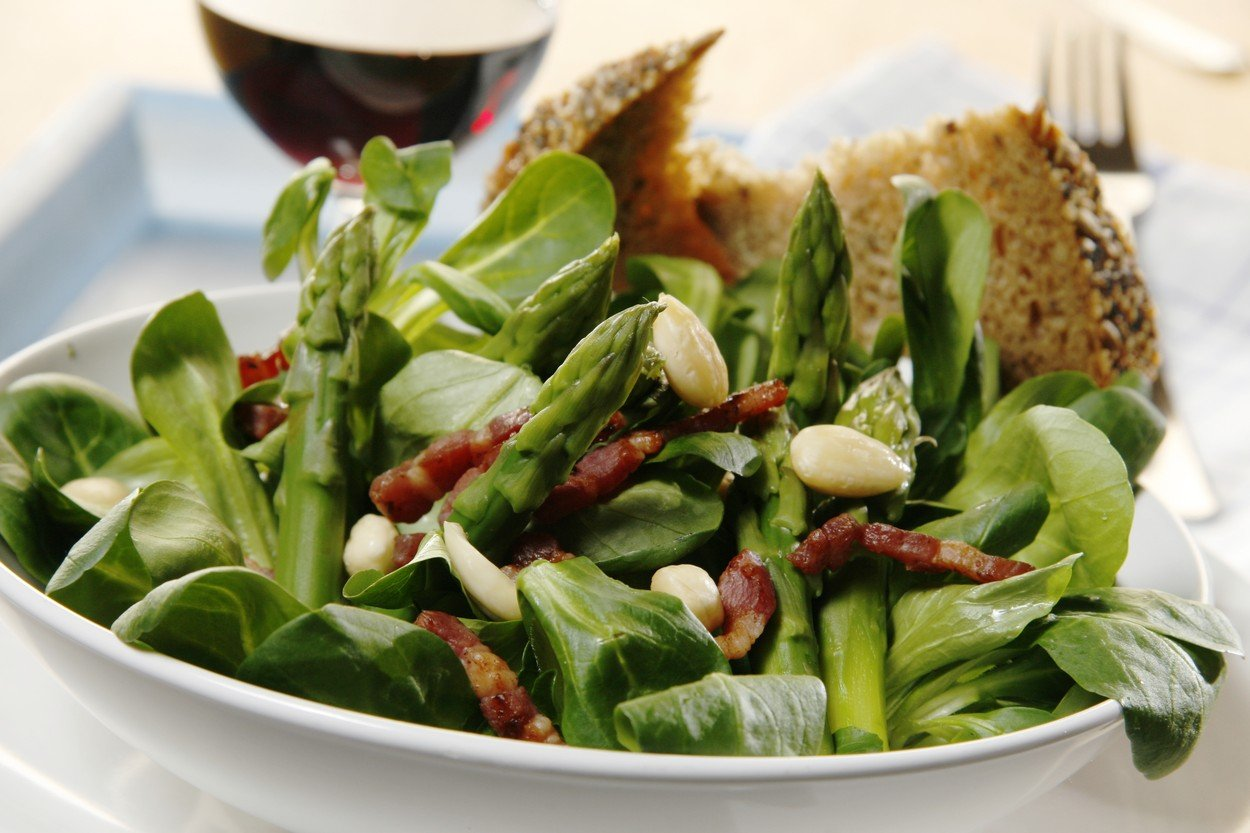 Hot Asparagus Salad with Almonds and Fat