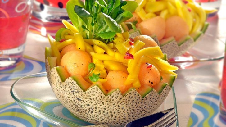 melounovy-salat-s-mangem-728x409.jpg