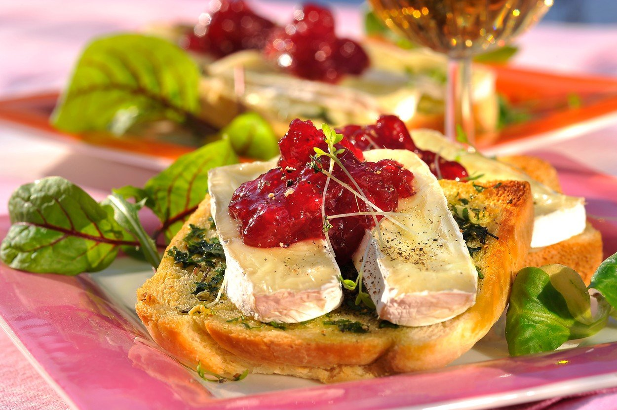 Warm Camembert with Cranberries