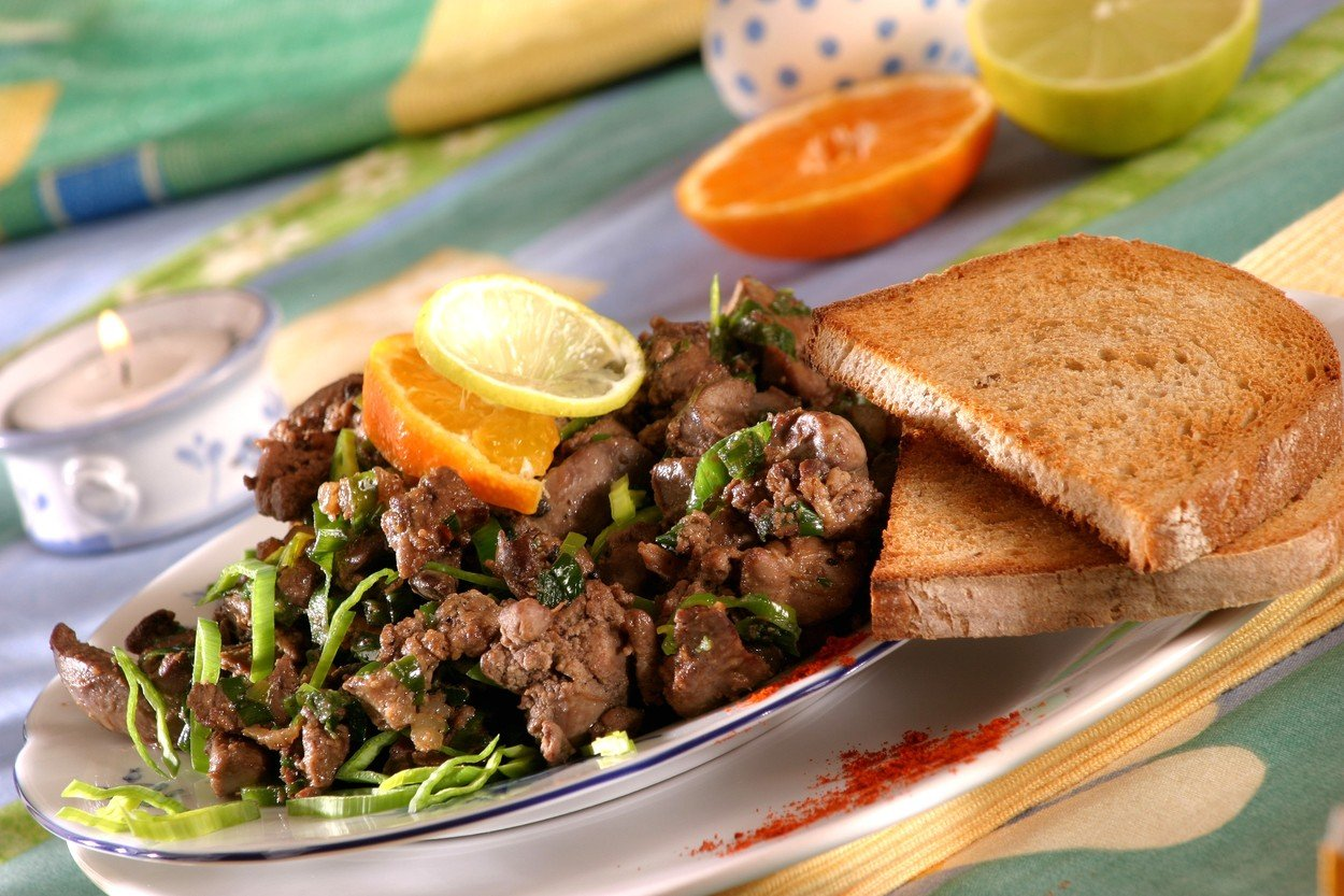 Chicken Liver with Leek and Chilli Sauce