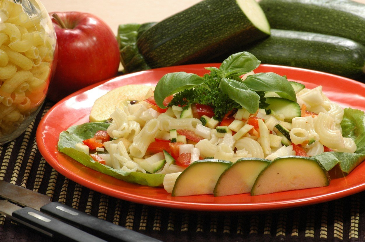 Pasta Salad with Apples
