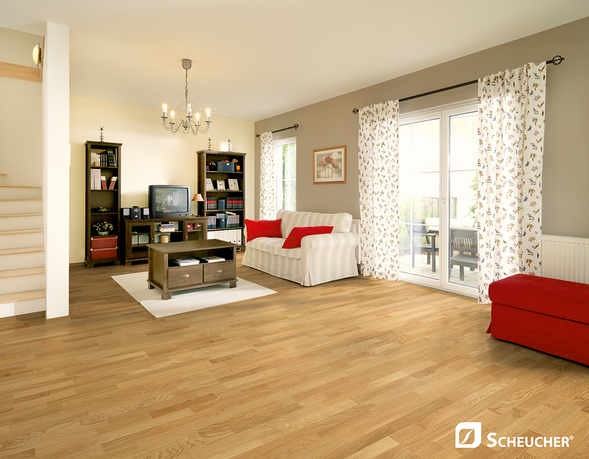 woodflor182-3stab_eiche_classic_natura_fertighaus_6324_a4_111010008898_cmyk_copy.jpg