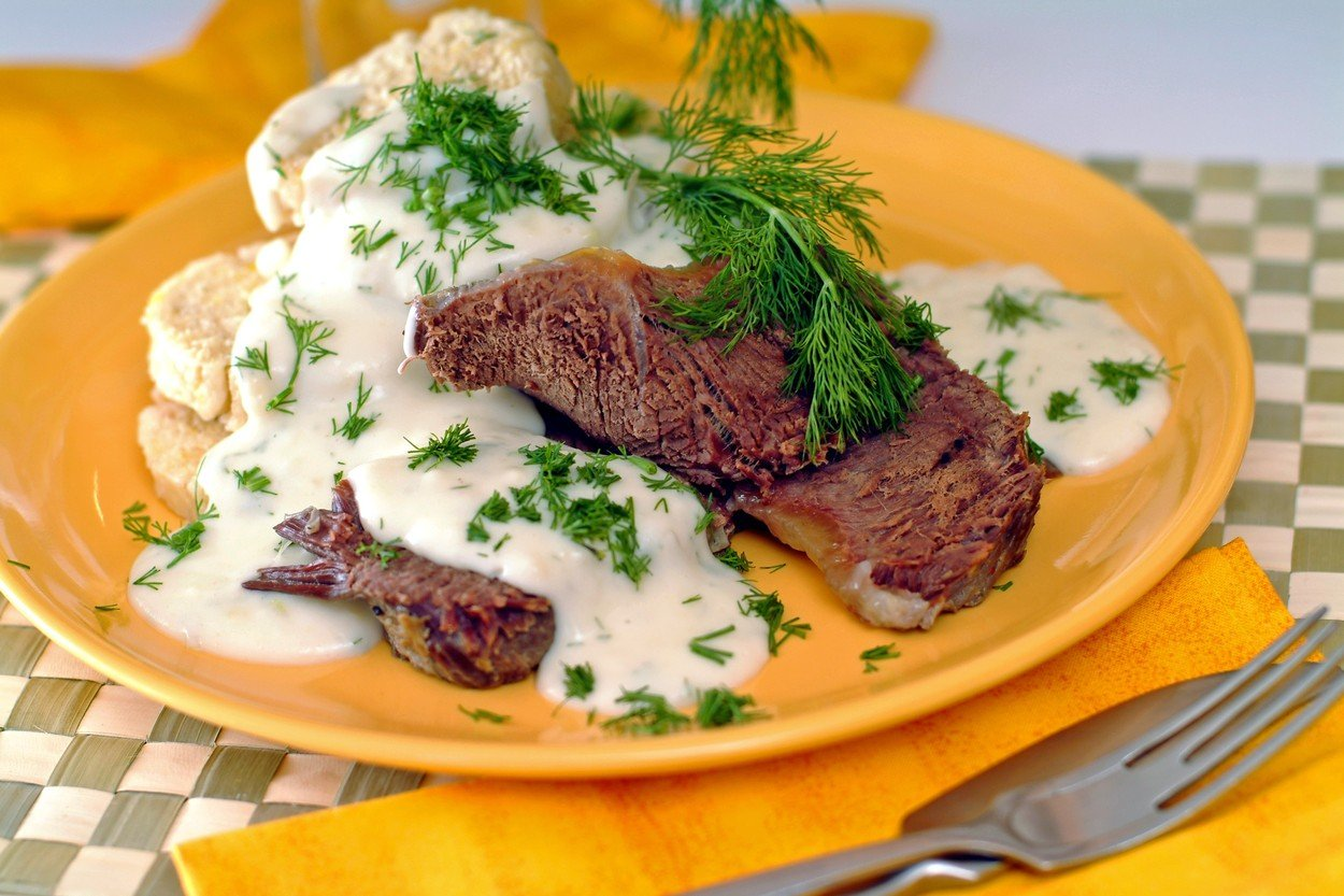Dill Sauce with Boiled Beef