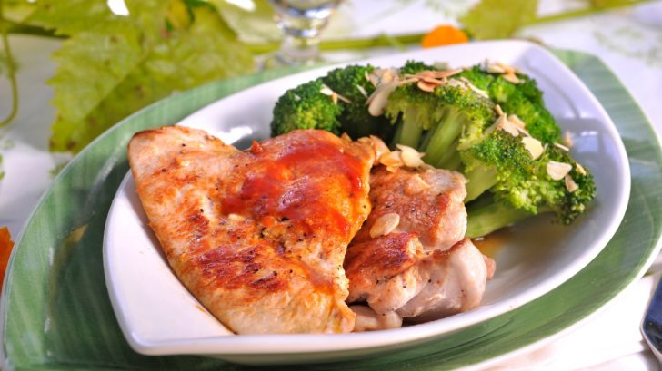 kruti-medajlonky-s-brokolici-728x409.jpg