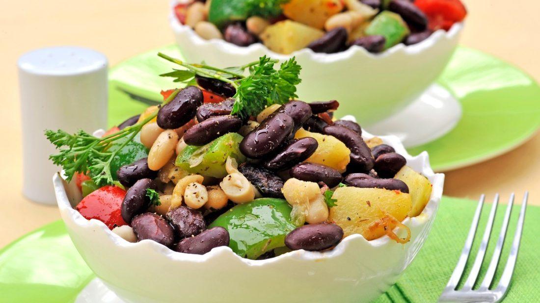 barevny-fazolovy-salat-1100x618.jpg