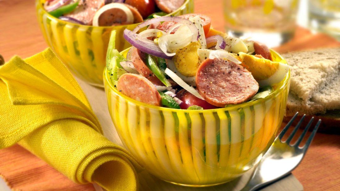 spekackovy-salat-1100x618.jpg