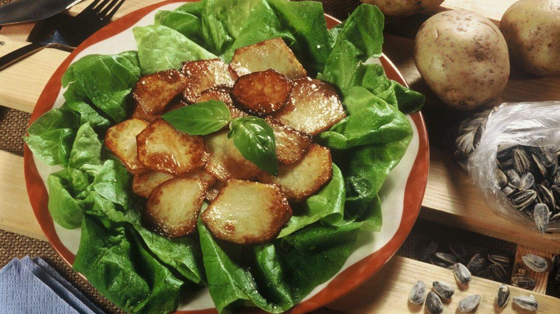 salat-s-salvejovymi-bramborami-1100x618.jpg