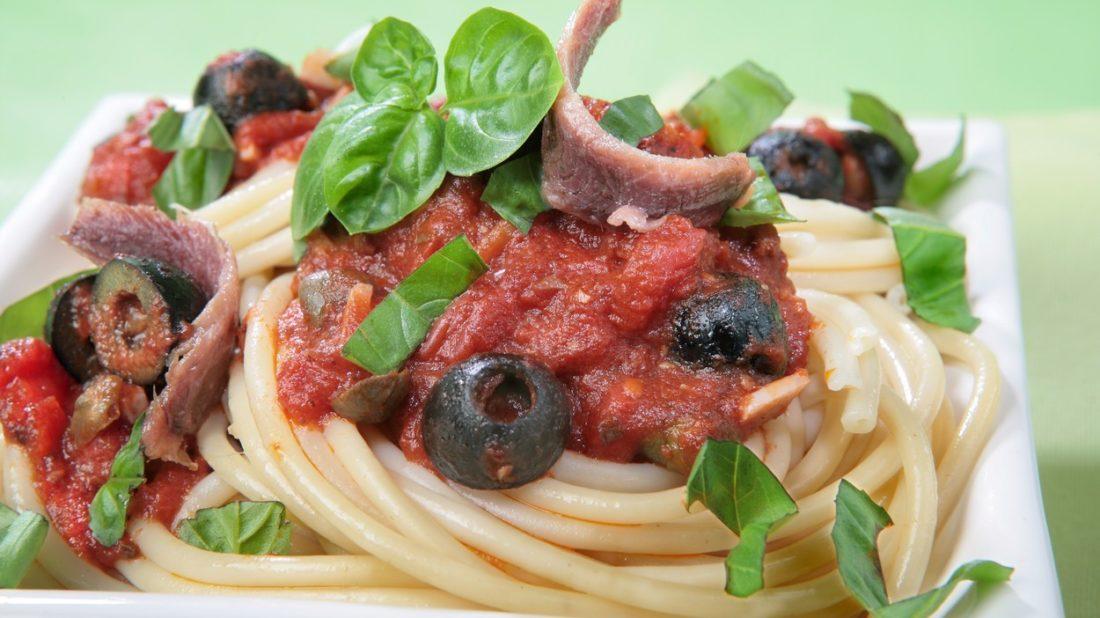 pikantni-omacka-na-spagety-1100x618.jpg