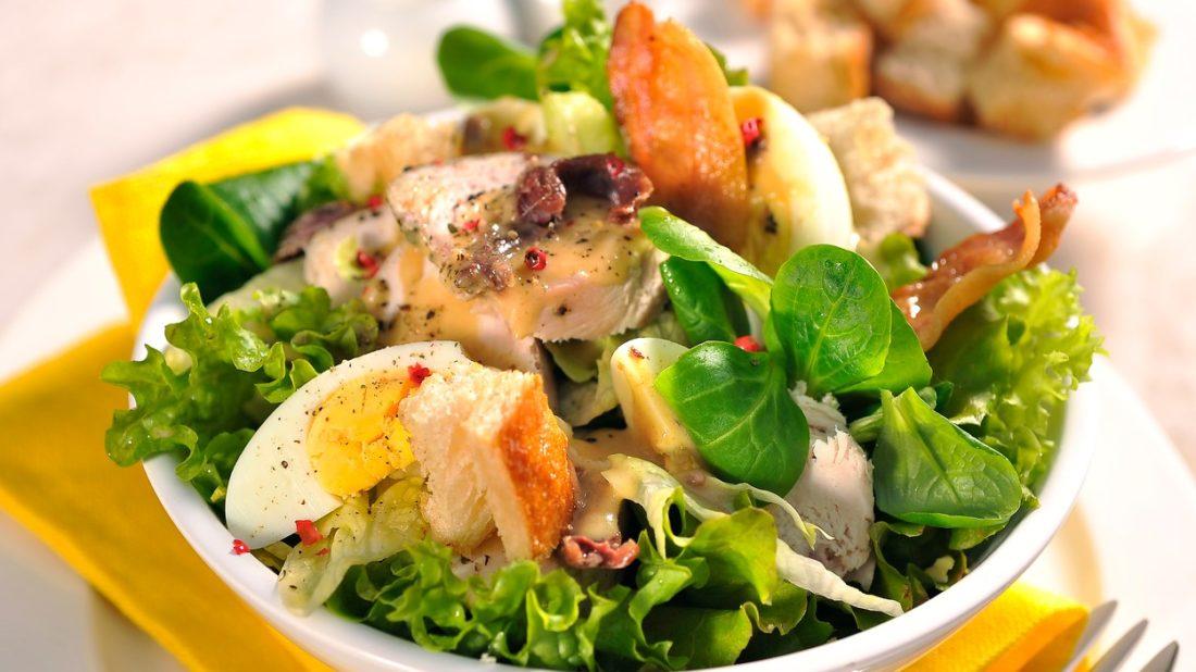 cezar-salat-1100x618.jpg
