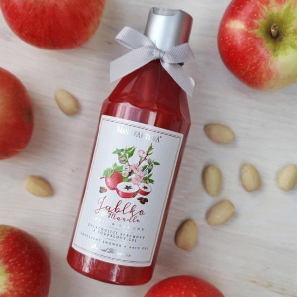 jablko-a-mandle.jpg