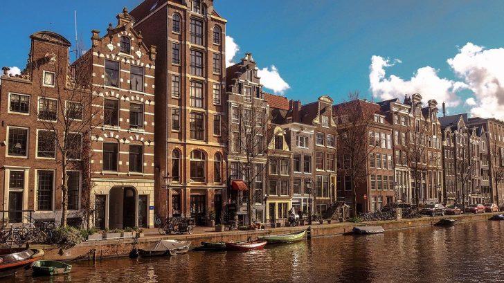 amsterdam-4045137_1280-728x409.jpg
